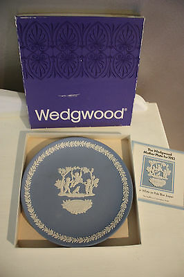"Boxed ""wedgwood"" Blue Jasperware Plate ""mother 1982"""