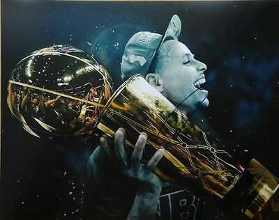 Stephen Curry Golden State Warriors Signed Autographed 11x14 Photo NBA Champ COA