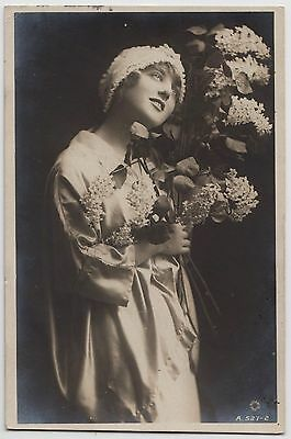 GLAMOUR POSTCARD - young woman holding flowers, British Beauty Drina Verchesi RP