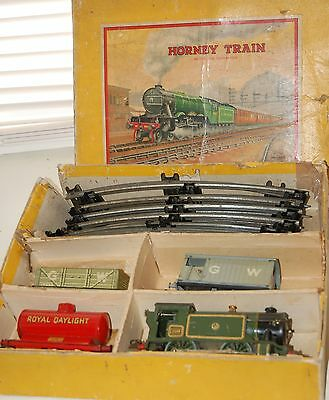 HORNBY SERIES O GAUGE No1 SPECIALTANK MIXED GOODS SET GWR