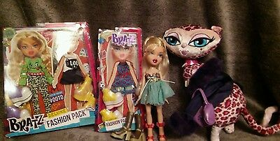 Bratz Doll and clothing lot + pink Cat excellent condition