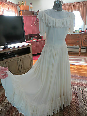 Vtg. 30's Chiffon Ruffles Layer Wedding Gown Stunning!