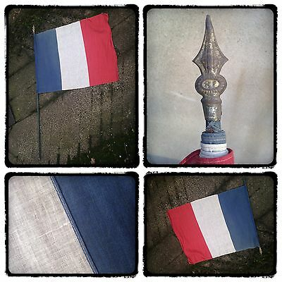 3ft ANTIQUE VINTAGE 1930s 1940s WW2 SEWN FRENCH TRICOLOUR FLAG ON 4 1/2' POLE