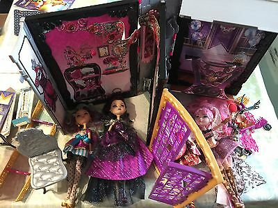 ever after high dolls And Book House Set