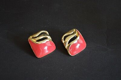 Vintage 1980s gold tone and dark pink coloured earrings