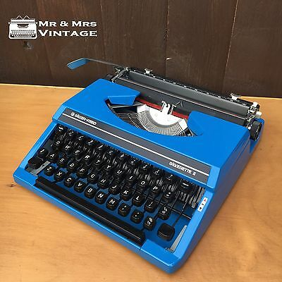 Immaculate Silver Reed Silverette II Blue Typewriter WORKING black red ribbon
