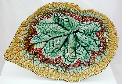 MAJOLICA Victorian pottery Begonia footed STAFFORDSHIRE leaf dish