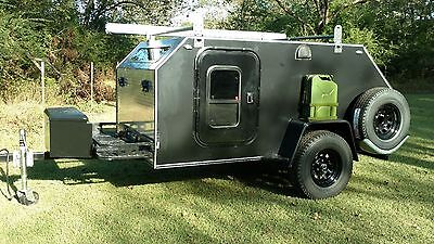 Vintage trailer Works XTR Off-Road Teardrop Camper 5x9