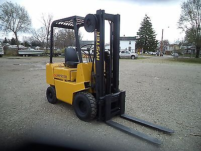 1984 Hyster Model H30XL, 3,000#, 3000# Pneumatic Tired Forklift w/ Side Shift