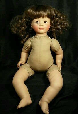 """18"""" Susan Wakeen Doll Brown Curly Hair Brown Eyes Marked 44/500"""