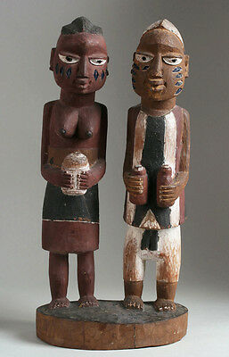 Old Yoruba African Carved Wood Sculpture / Circa 1920's - 1940's