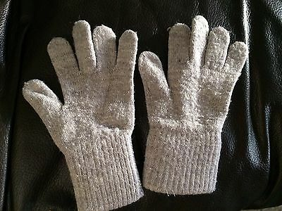 Childrens winter gloves 2-4 Years