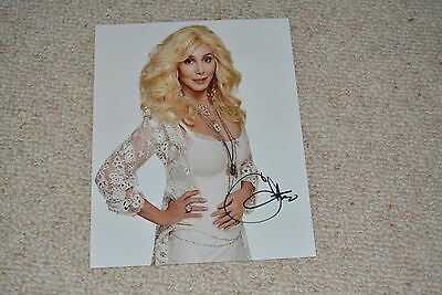 CHER sexy signed Autogramm 20x25 cm In Person