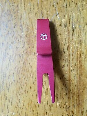 NEW Scotty Cameron Red  CT Small Circle T Clip Pivot Divot Tool Rare Tour issued