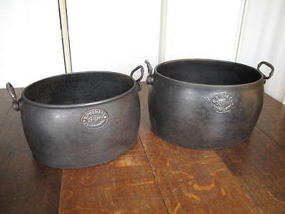 Antique Cast Iron Cooking Pots  Made In England PUGH & Co