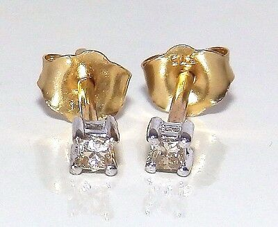 Fine Pair Of 9Ct Yellow Gold Princess Diamond  Solitaire  Stone Stud  Earrings