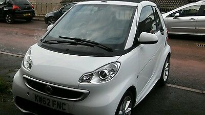 Smart car fortwo convertible passion cdi auto 2013 62 reg 1 former keeper.no tax