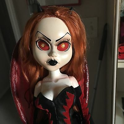 LIVING DEAD DOLLS Inferno Fashion Victims Loose/