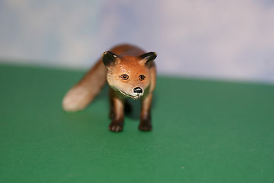 Red Fox female in Standing Position by Schleich Farm Life Animal 2004