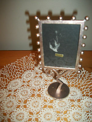 """Silver plate Picture FRAME on pedestal for 2.5""""x3.5"""" picture"""