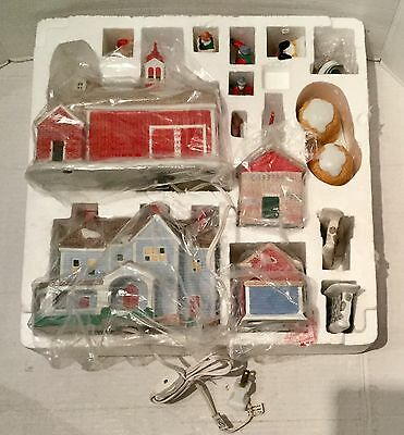 Country Memories Limited Edition Illuminated Porcelain Christmas Set-EXCELLENT