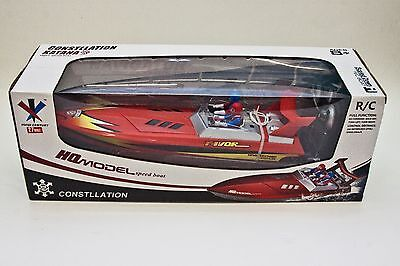 Radio Controlled Speed Boat / batteries included/