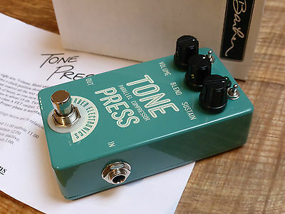 Barber Electronics Tone Press Parallel Compressor Effects Pedal