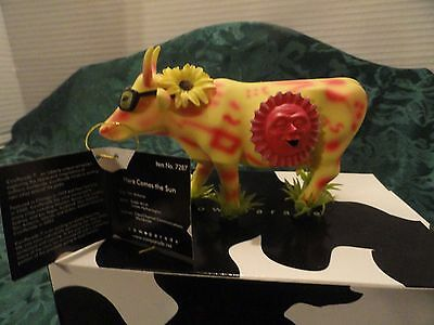 "Cow Parade ""here Comes The Sun"" #7287 2003  Cow Becomes Tropical Sun!! Wow  Mib"