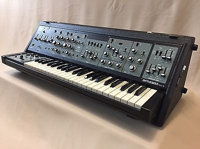 ROLAND SH-5 Time Capsule Vintage Analog Synthetiser Like New Museum Condition