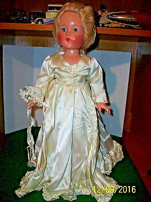 Vintage 1930's - 40's Circa Effanbee Little Lady  with Yarn Hair 17.5 inch Doll