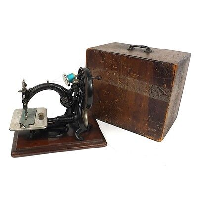 Chain stitch Stunning Antique Wilcox and Gibbs Sewing Machine Box/INSTRUCTIONS,