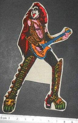 VINTAGE GENE SIMMONS THE DEMOND GUITAR KISS ROCK BAND PATCH MEX 1980s