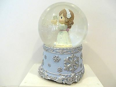 Precious Moments Angel With Snowflake Musical Waterball