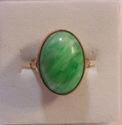 Victorian Art Deco Yellow Gold Filled Green Art Glass Ring Size 4 1/2  1235