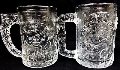 McDonalds Batman & Robin Pair of Clear 3D Mugs Cups 9oz Vintage 1995 Collectible