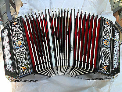 Concertina Chemnitzer Crown Italy Squeezebox Black Pearl Tone B Flat Red Bellows