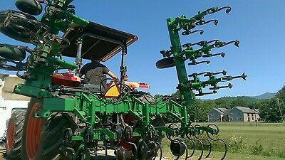 Refurbished John Deere JD 825 8 Row Crop Cultivator Folding wings All new tines
