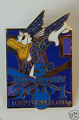 Tokyo Disney Resort Event Pin Millennium 2001 5 Days Before Blue Donald
