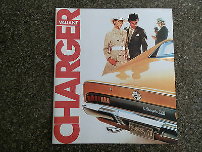 Chrysler Valiant 1971 Vh Charger Brochure Plus Colour Chart 100% Guarantee.
