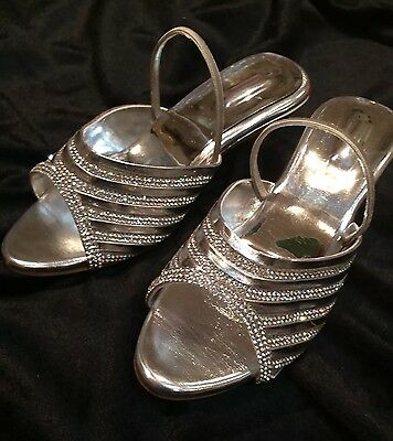 Size 12 Girls Kids Indian Bollywood Fancy  Shoes Heels Slip On Sandals Silver