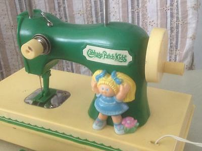 VINTAGE RARE 80s AUSTRALIAN CABBAGE PATCH KIDS DOLL SEWING MACHINE SINGER STYLE