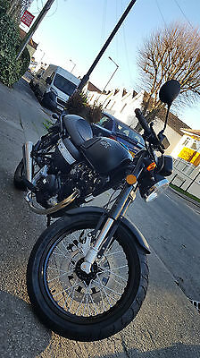 WK RT125 Cafe Racer NEW