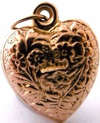 Vintage A PUFFY HEART a beautiful embossed and engraved 9ct rose gold charm
