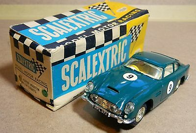 Scalextric Boxed Aston Martin Db4 With Lights (C68 E/2) In Excellent Condition.