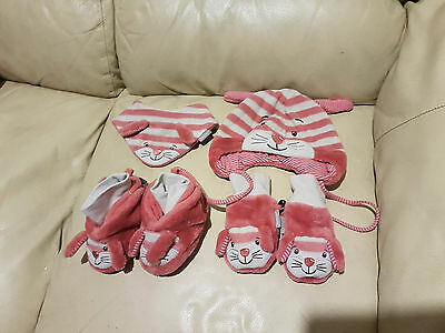 Sterntaler baby hat, scarf, gloves and boots