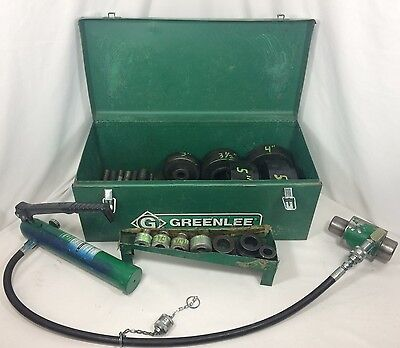 Greenlee 1725 Hydraulic Foot Pump with 746 Knockout Ram & Knockout Punch Set