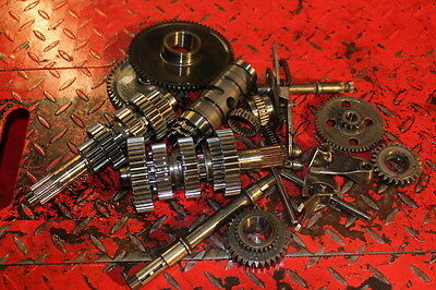 Ducati M750 600 900 750 Monster Ss Gearbox & Engine Parts