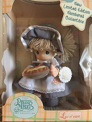 *NIB* PRECIOUS MOMENTS Pilgrim Girl  Doll Numbered Collectible LUV N' CARE