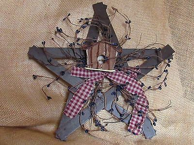 Primitive Rustic Wooden Star Decoration with Birdhouse & Blue Pip Berries
