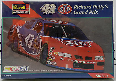 Richard Petty Hot Wheels 43 Stp King Fs 1997 Pontiac Grand Prix Revell Model Kit